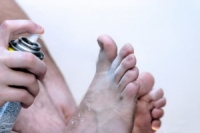 How Does Athlete's Foot Spread?